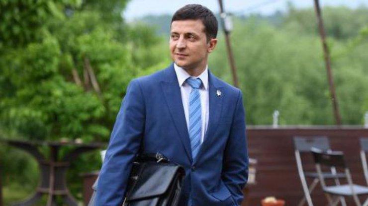 https://podrobnosti.ua/media/pictures/2019/5/1/thumbs/740x415/foto-vladimir-zelenskij_rect_a7112777797ae789e6c5e4375b6bb952.jpg