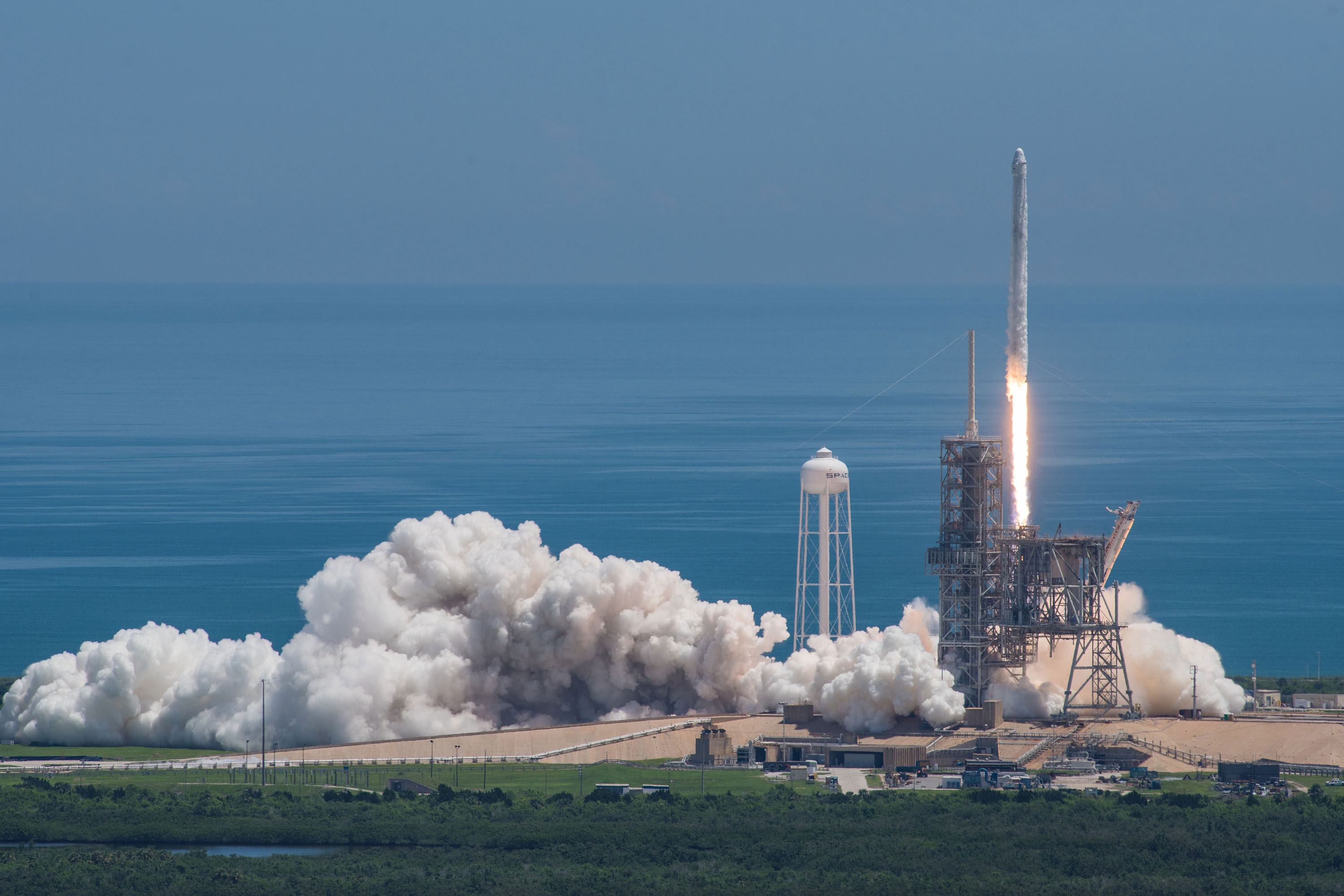 spacex dragon launch - HD2048×1365