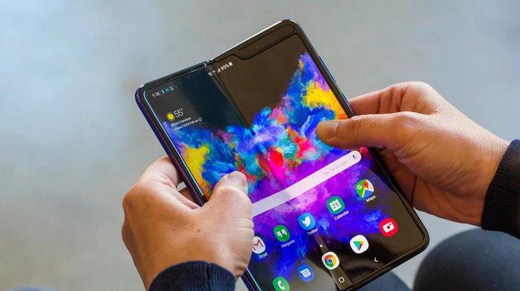 Самсунг исправила экраны складного Galaxy Fold