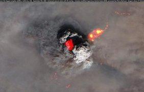 Пирокучевое облако, формирующееся над августовским пожаром в Калифорнии