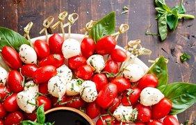 Украшаем новогодний стол / Фото: Pinterest