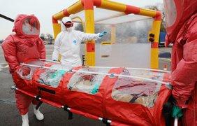 Вертолет для транспортировки больных коронавирусом/ Фото: ГСЧС Украины