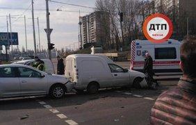 В Киеве произошла масштабная авария/ Фото: dtp.kiev.ua