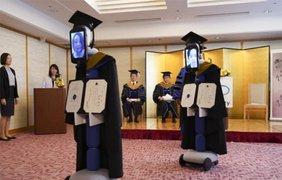 В Японии студентам устроили оригинальный выпускной во время карантина/ Фото: internetua.com