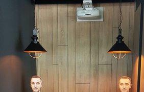 В киевском кафе появилась картонная копия Ляшко/ Фото: Facebook