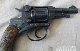 ˣ В Вишневом мужчина открыл стрельбу по прохожим/ Фото: полиция Киевской области