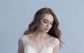 Disney выпустил коллекцию свадебных платьев/ Фото: bykvu.com