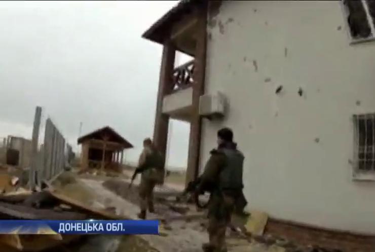 Терористи на танках захопили частину Широкино