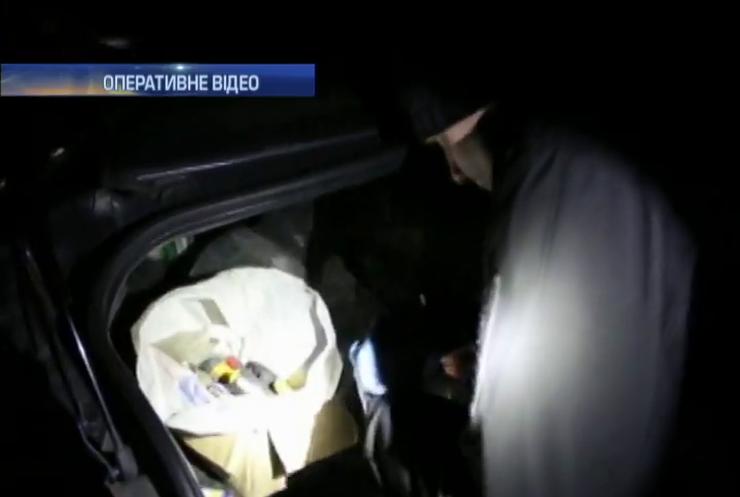 У Маріуполі знайшли вибухівку в таксі (відео)