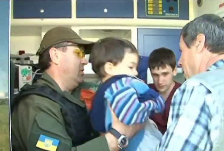 З-під Донецька терміново евакуювали 38 дітей