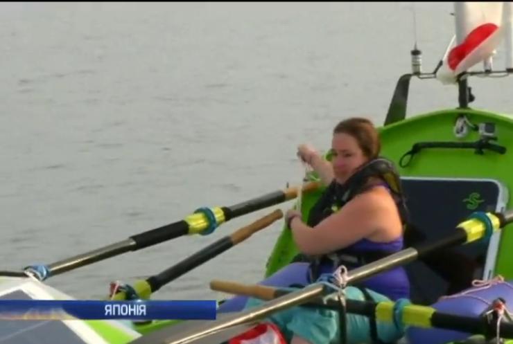 Американка не змогла на веслах перепливти Тихий океан