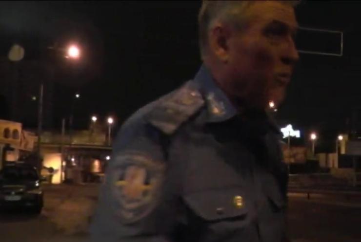 П'яний водій у Києві хизувався посадою у Авакова
