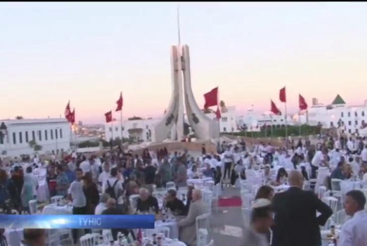 В Тунісі мусульмани та християни вшанували загиблих у теракті