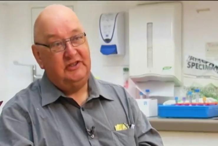 Великобританія випробувала вакцину проти еболи на добровольцях