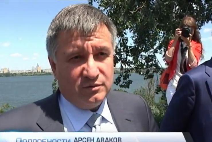 Аваков отправил в Чернигов два батальона Нацгвардии