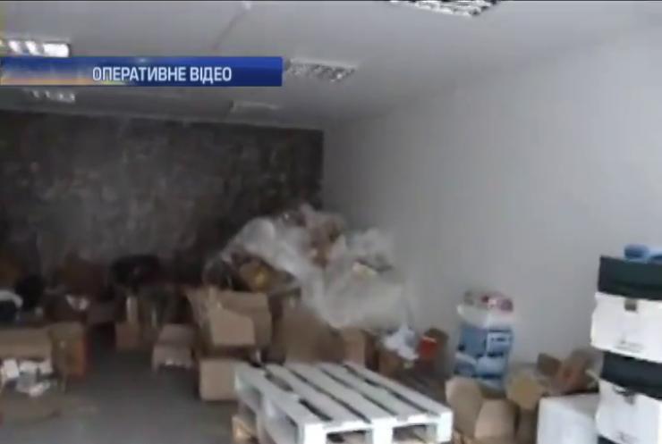 Із Дніпропетровщини на Донбас незаконно вивозили ліки вантажівками