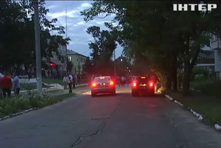 На Рівненщині міліціонерів намагалися таранити позашляховиком