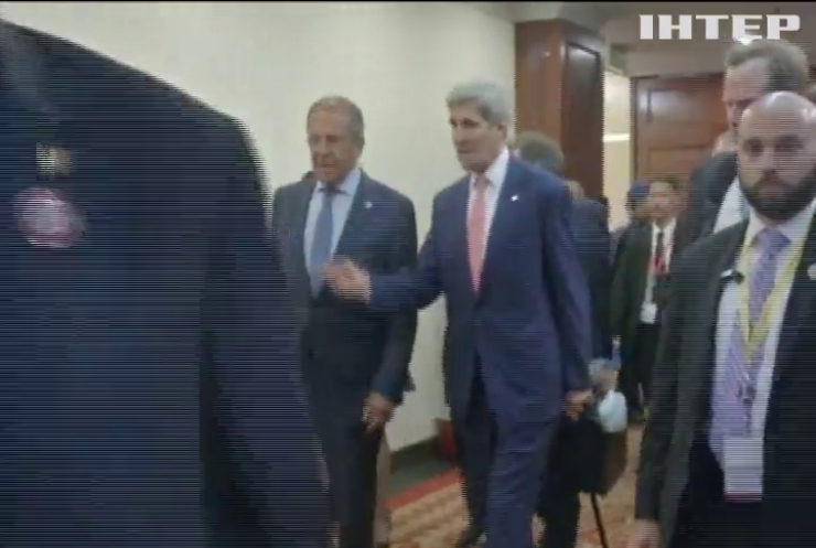 Информагентство Испании сообщило о сдаче США Украины