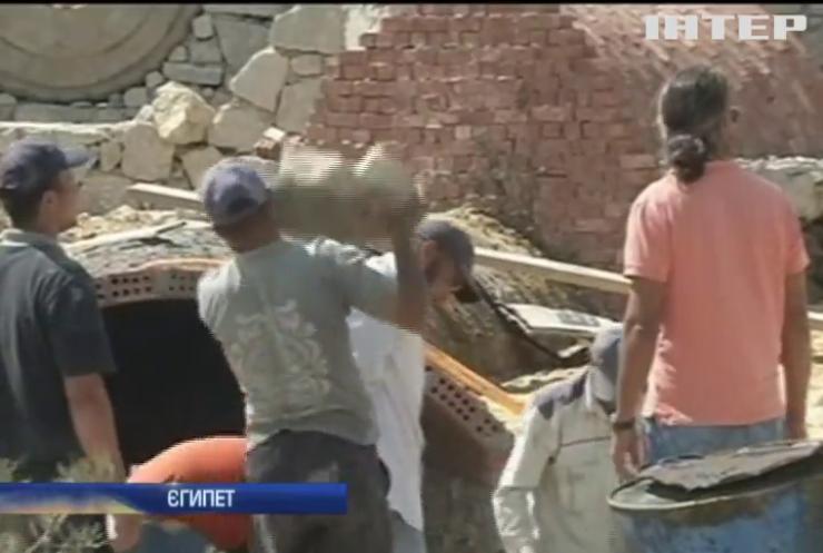 В Египті зводять будинок зі сміття