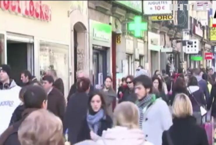 Іспанія миттєво повертатиме туристам ПДВ з покупок