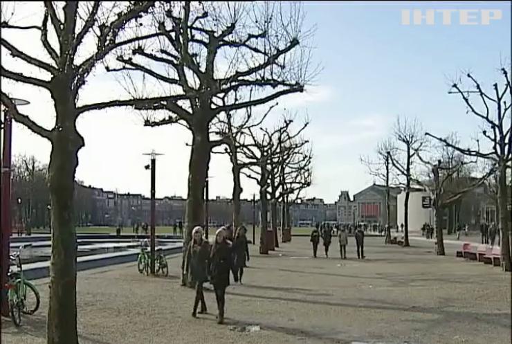 В Нідерландах противники асоціації з Україною попалися на махінаціях
