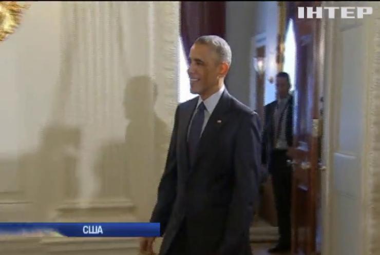 Барак Обама пожертвовал на благотворительность 15% годового дохода