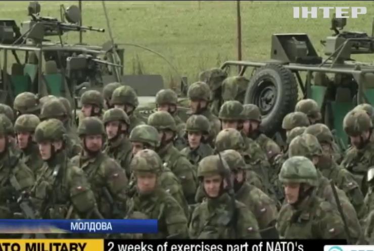 Протестувальники в Молдові не змогли зупинити колону військових США