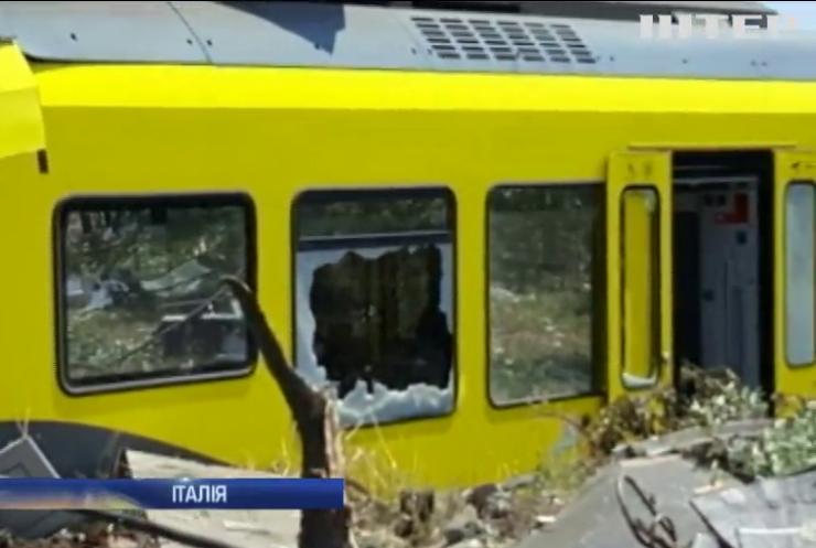 У Італії загинуло 10 людей під час зіткнення поїздів