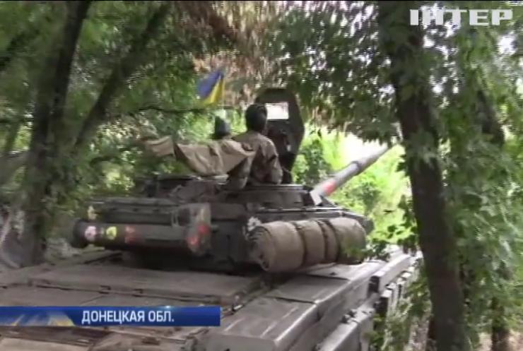 Под Авдеевкой танкистов умоляют помочь отбивать атаки