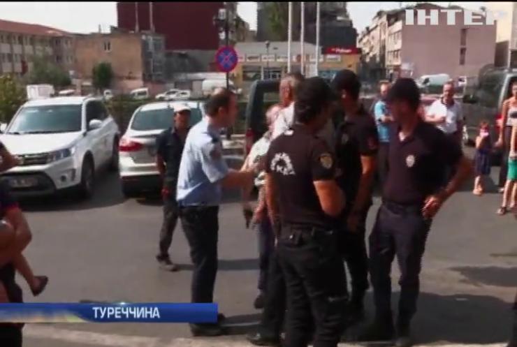 В Туреччині звільняють в'язниці для засуджених за держпереворот
