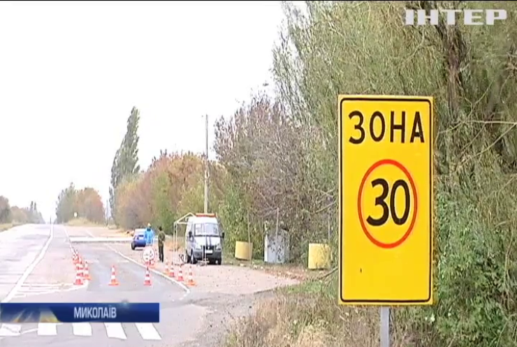 У Миколаєві зламався ваговий контроль вантажівок