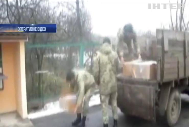 На Сумщині прикордонники зупинили контрабанду російського тютюну