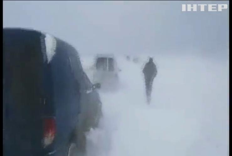 Україну продовжить замітати снігами