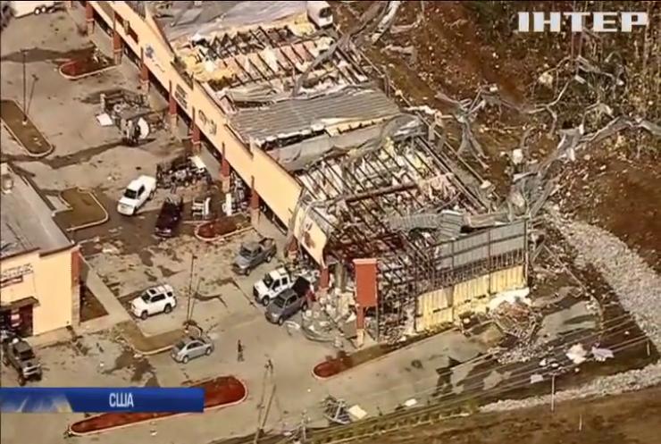 В США через сильне торнадо загинули 18 людей