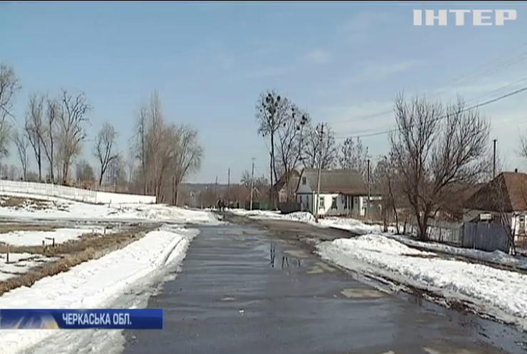 Транспортний колапс: на Черкащині перевізники відмовилися обслуговувати села