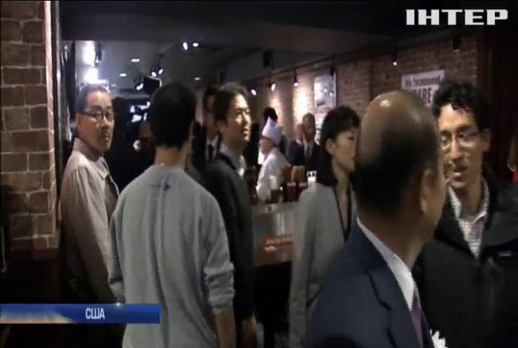 Японець відкрив у США ресторан, де їдять стоячи