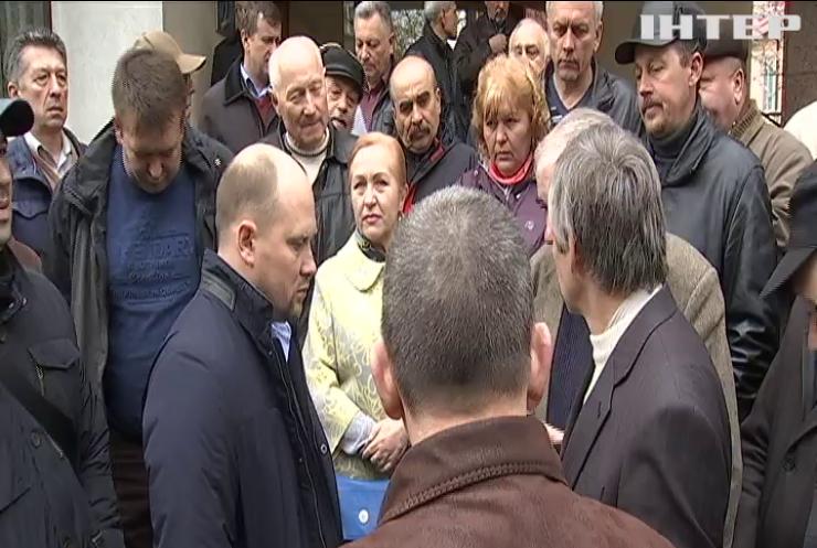 Ветераны МВД угрожают перекрыть дороги по всей Украине
