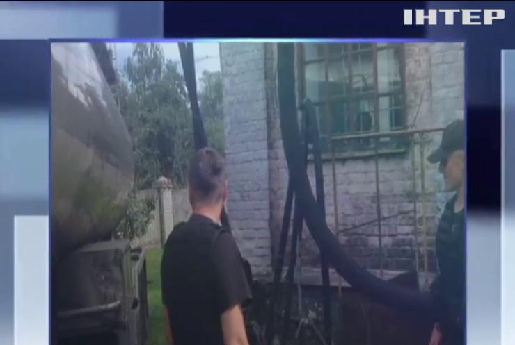 """Обыски в """"Укрспирте"""": прокуратура изъяла миллион литров алкоголя"""