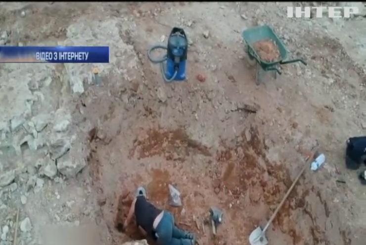 У Франції розкопали стародавнє місто (відео)