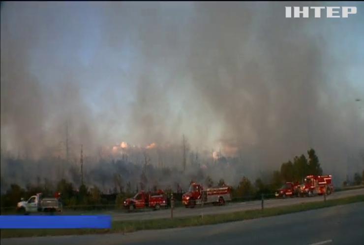 У Техасі лісові пожежі наблизилися до житлових будинків