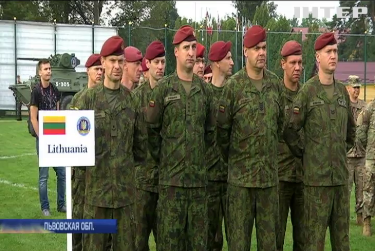 """Во Львовской области начались военные учения """"Rapid Trident"""""""