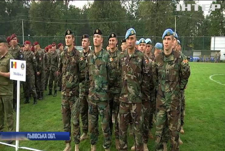 На Львівщині військові навчатимуться за комп'ютерною програмою