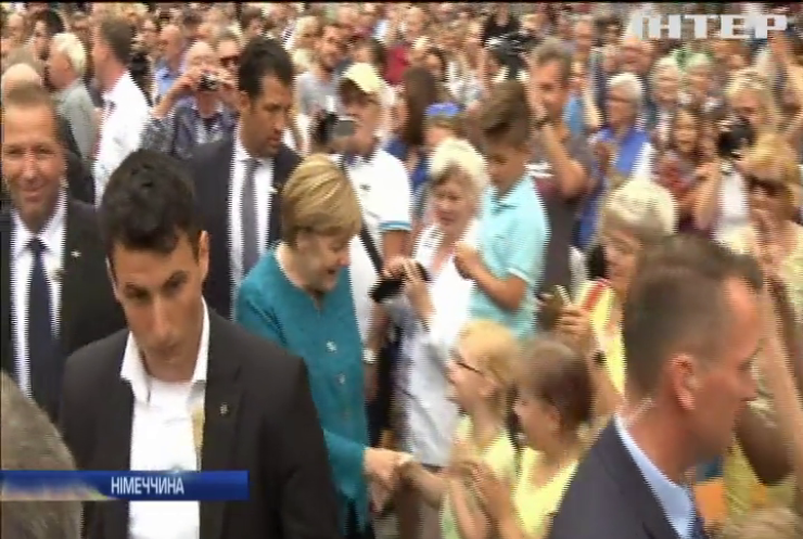 В Німеччині Меркель підозрюють у перевищенні службовим становищем