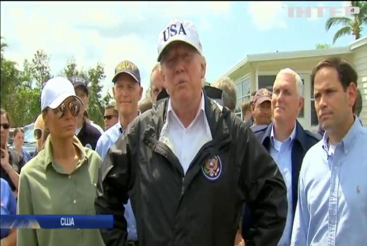 """Трамп прибув до Флориди оцінити наслідки від урагану """"Ірма"""""""