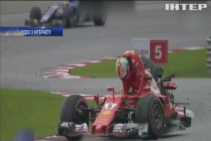 """Пілот """"Формули 1"""" протаранив суперника після завершення перегонів (відео)"""