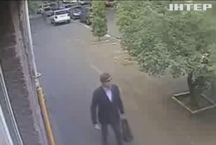 З банку в Києві викрали кілограм золота і 350 тис. доларів