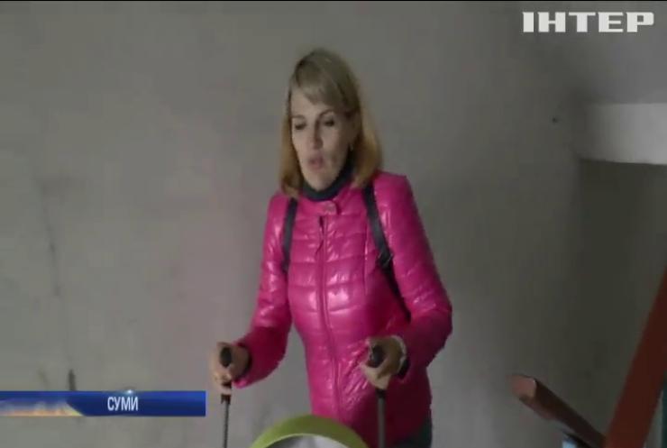 Сотні жителів багатоповерхівки в Сумах скаржаться не непрацюючі ліфти