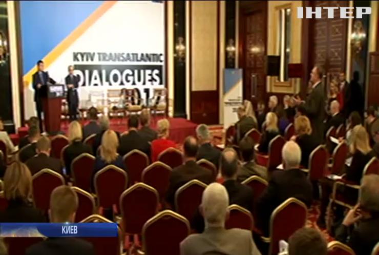 В НАТО пообещали поддерживать реформы в Украине