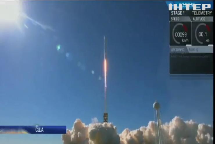 SpaceX успішно доправила на орбіту супутник зв'язку (відео)