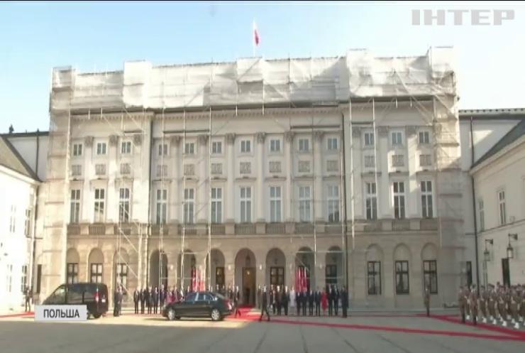 Порошенко предложил провести заседание консультационного комитета с Польшей